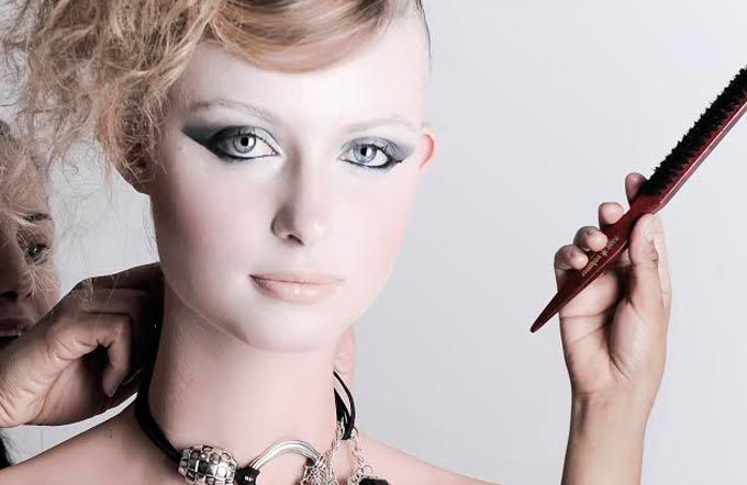 Make-up & Hairstyling