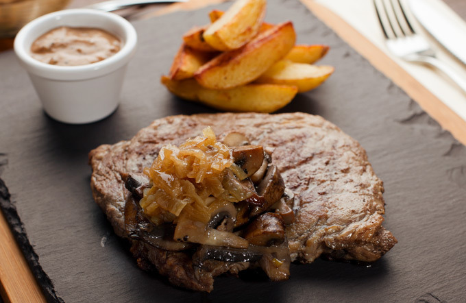 Rib-Eye-Steak für 2 Personen